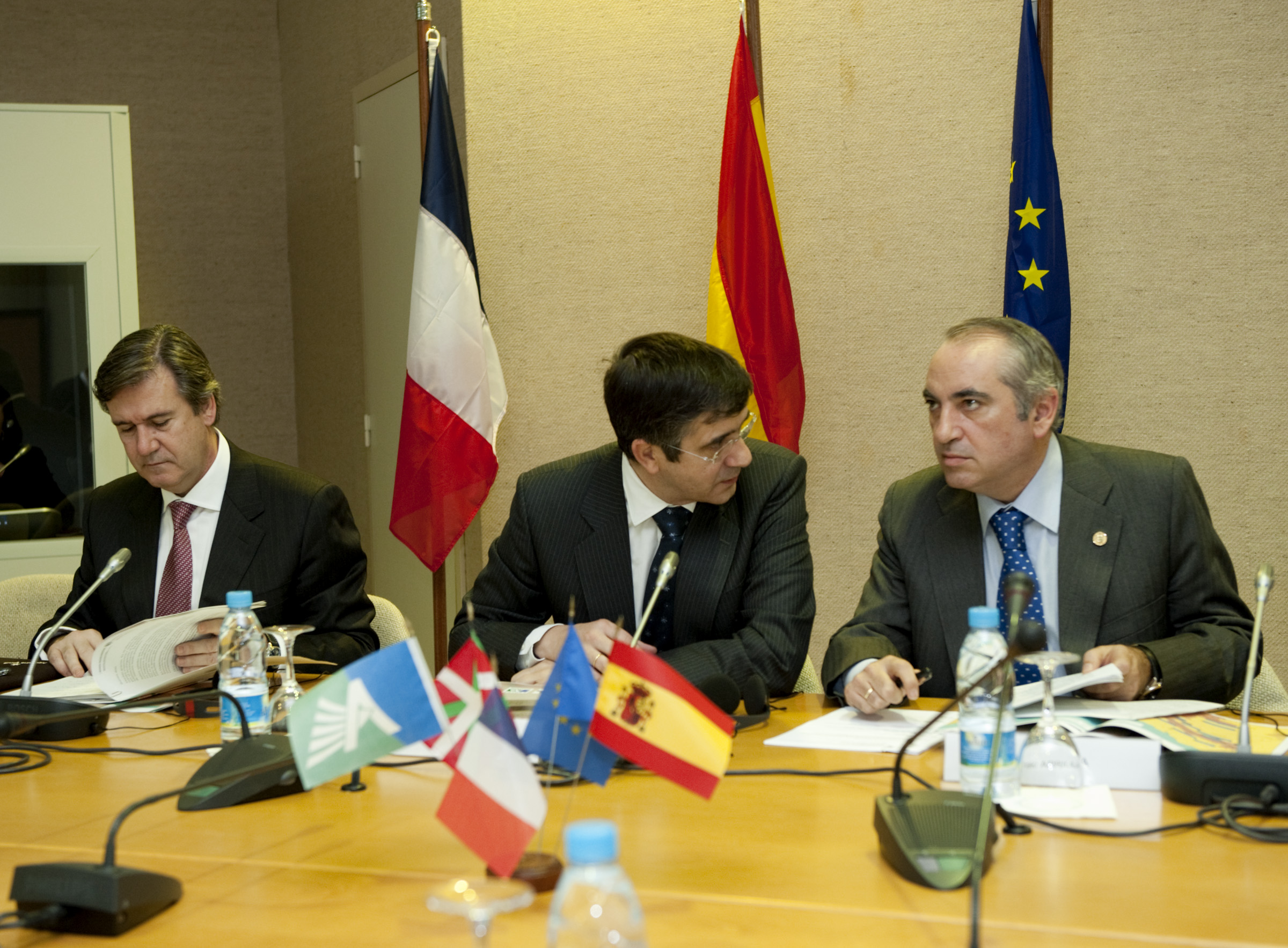 The Basque Country and Aquitaine initiate the process to set up a Euro-region