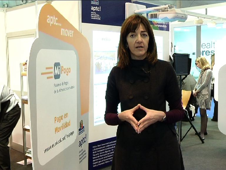 Video Idoia Mendia visits the Basque Government stand at TECNIMAP