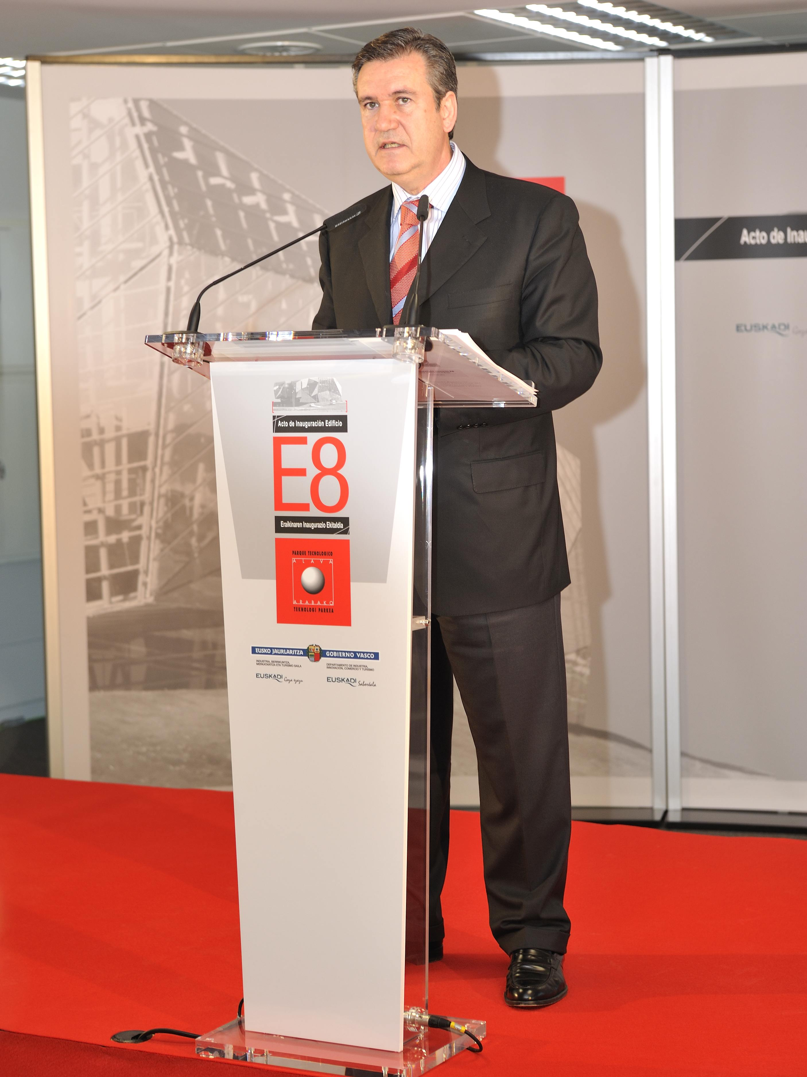 E8, the new symbol for the Technology Park of Alava