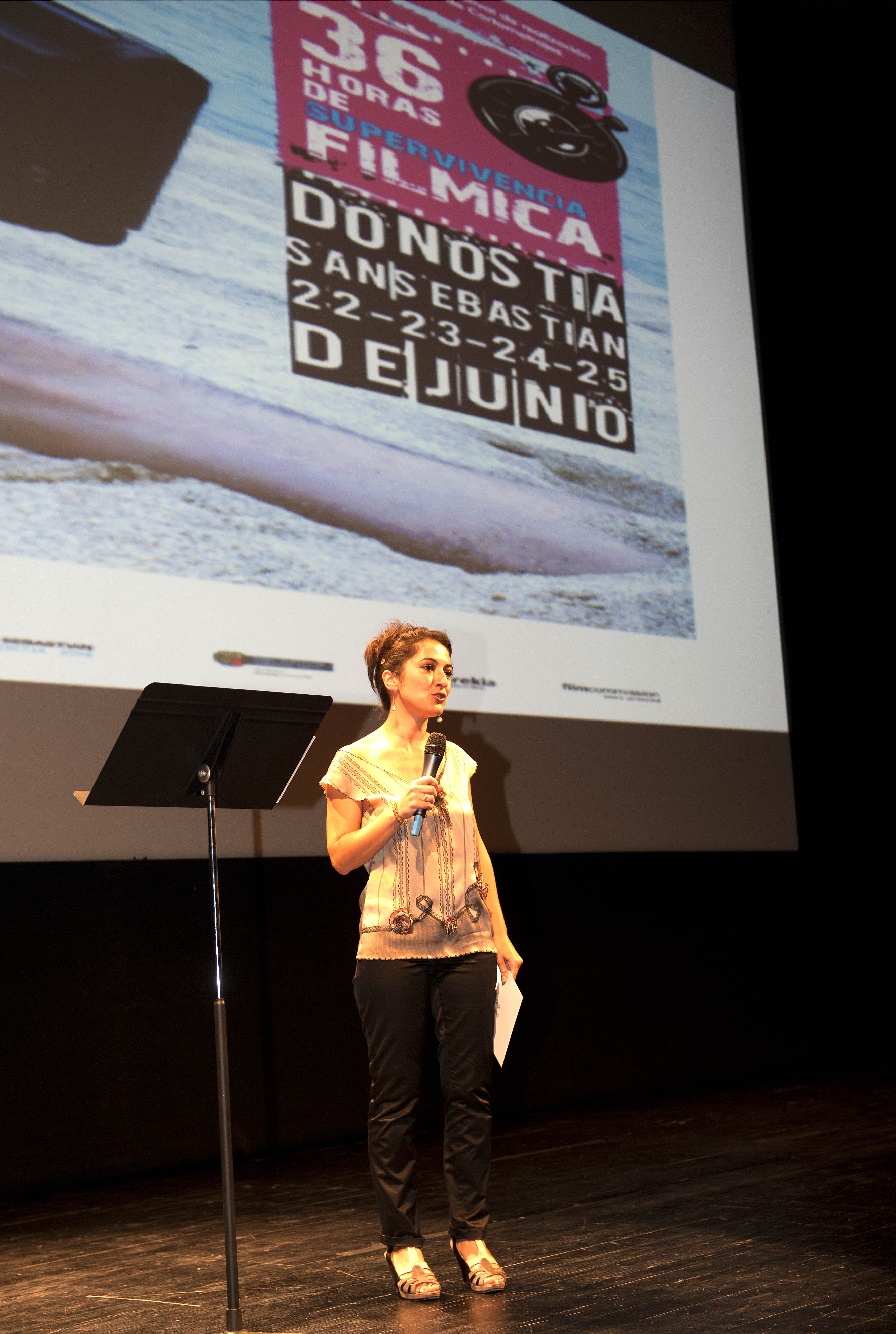 Los ojos de Laia (Laia's Eyes) and Uno de esos días de playa (One of Those Days at the Beach) win first and second prize at Cinemavip in San Sebastian