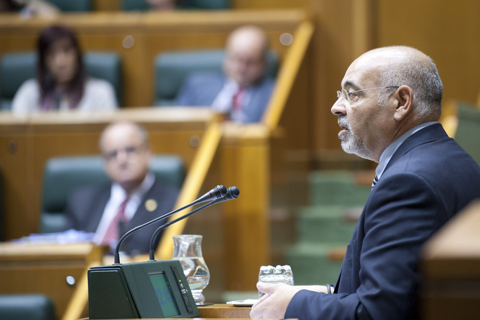 2011_09_29_lehen_parlamento_249