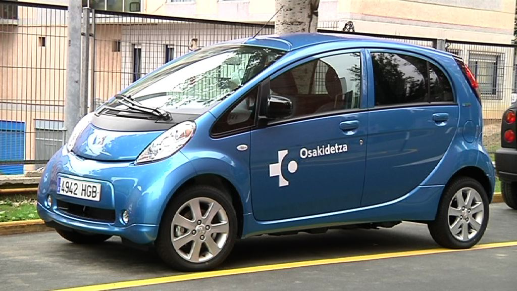 Cruces, the first Basque hospital with a fleet of electric vehicles