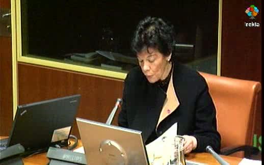 Comparecencia: Consejera de Educación, Universidades e Investigación. (15-02-2012) [87:53]
