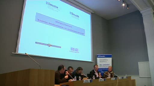 Video Seminario sobre dinmicas sociales en torno a las movilizaciones del 15-M (1 parte)