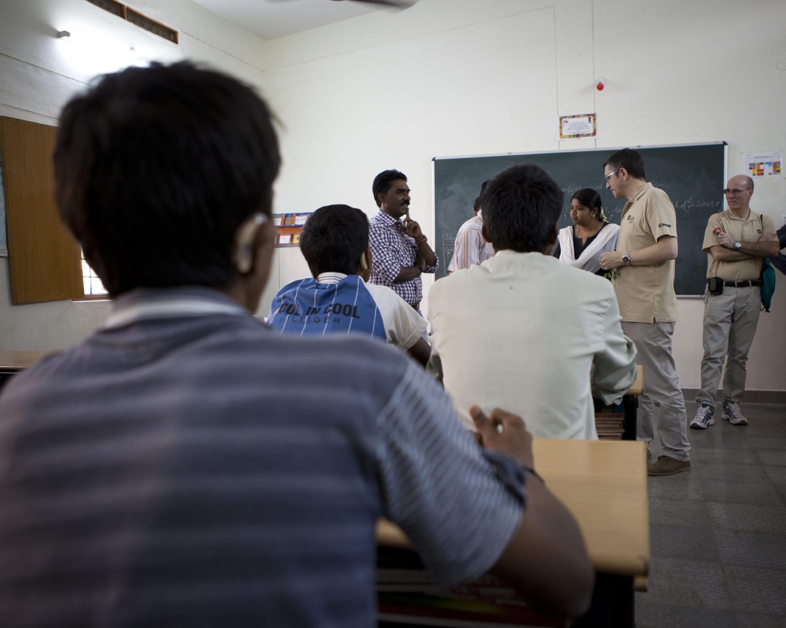 2012_03_17_vicente_ferrer_escuelas13.jpg