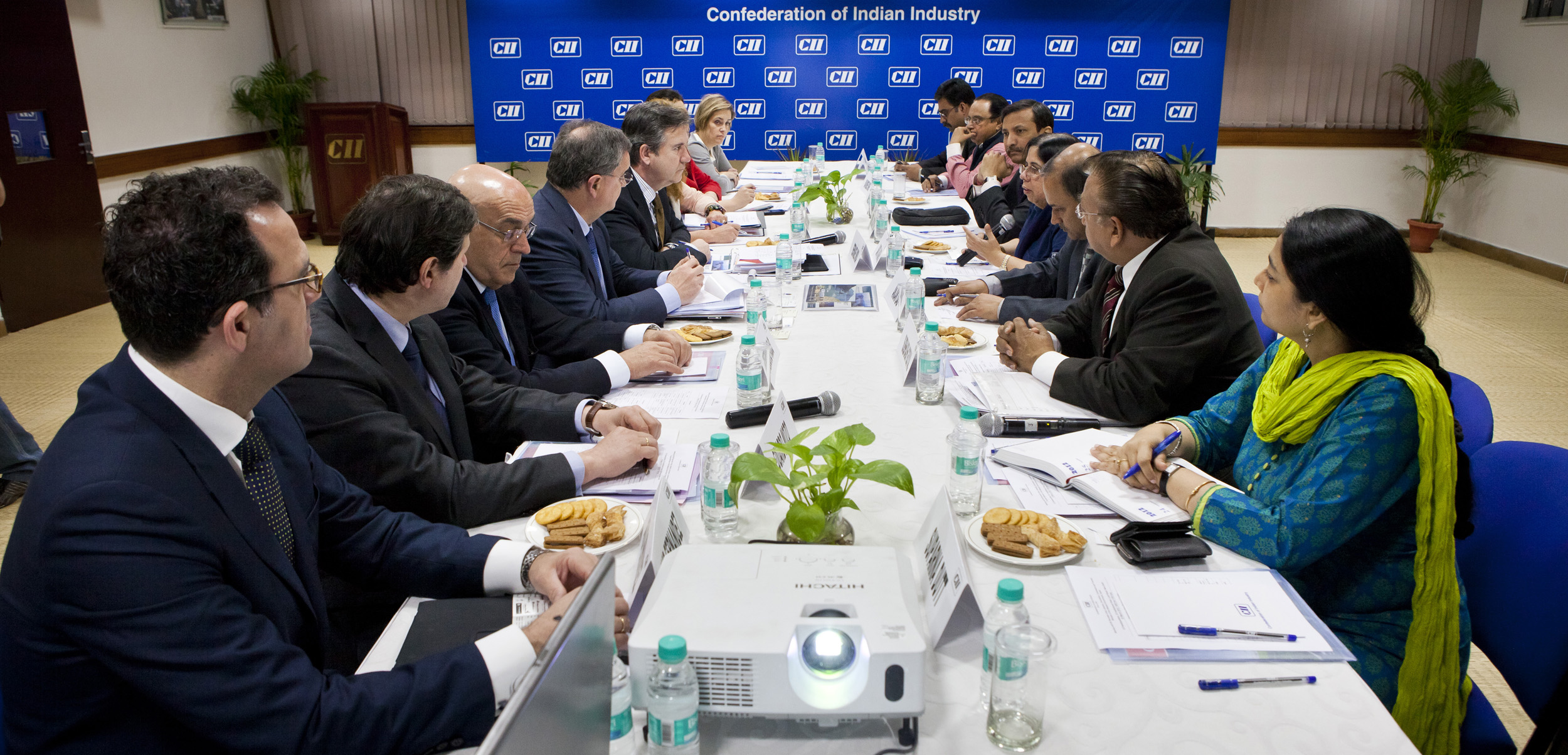 Meeting between Bernabé Unda and Confederation of Indian Industries
