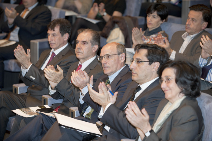 2012_03_28_bengoa_instituto_biocruces_05