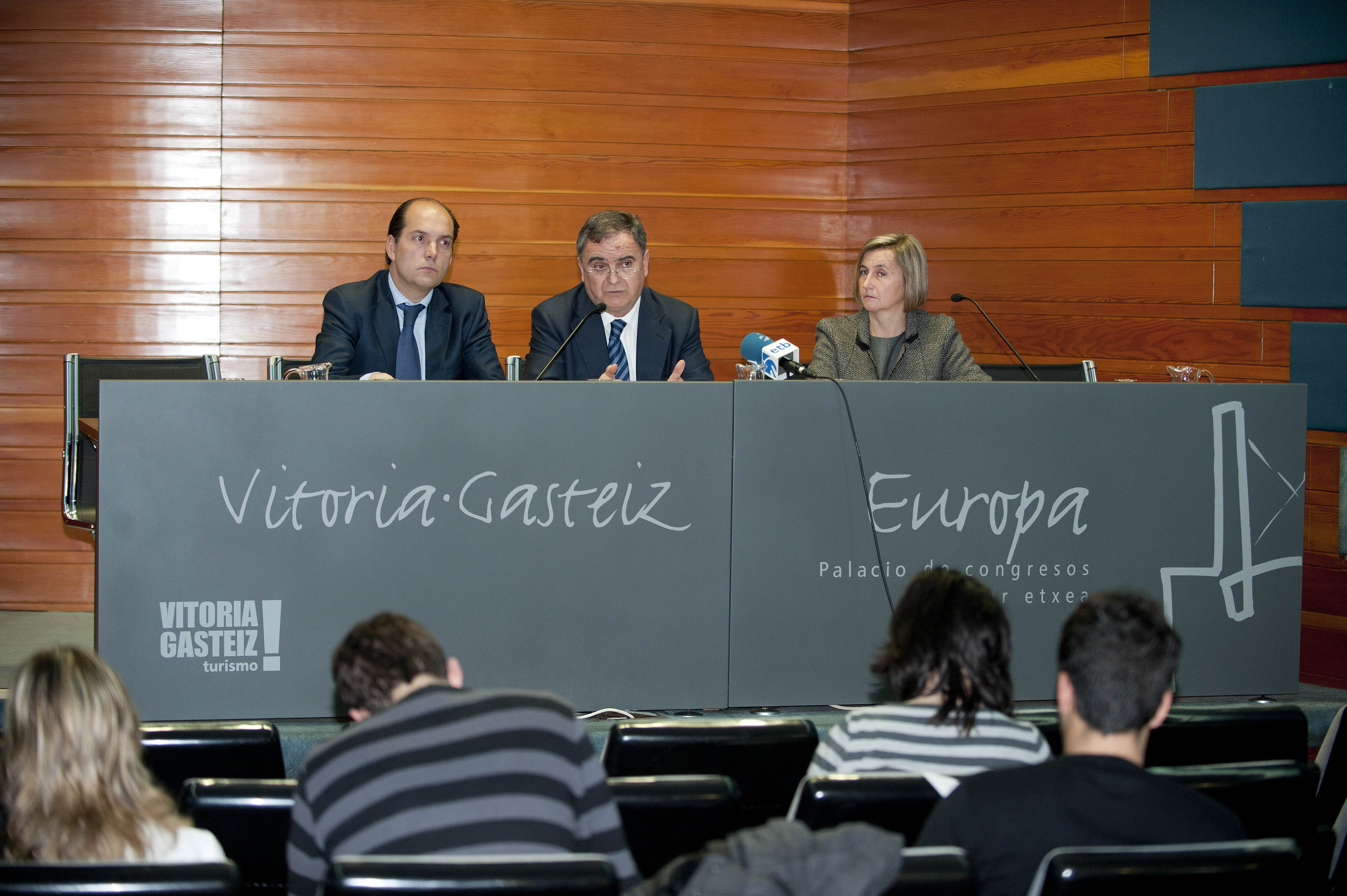Vitoria-Gasteiz rene a los principales expertos mundiales en las jornadas de gas no convencional