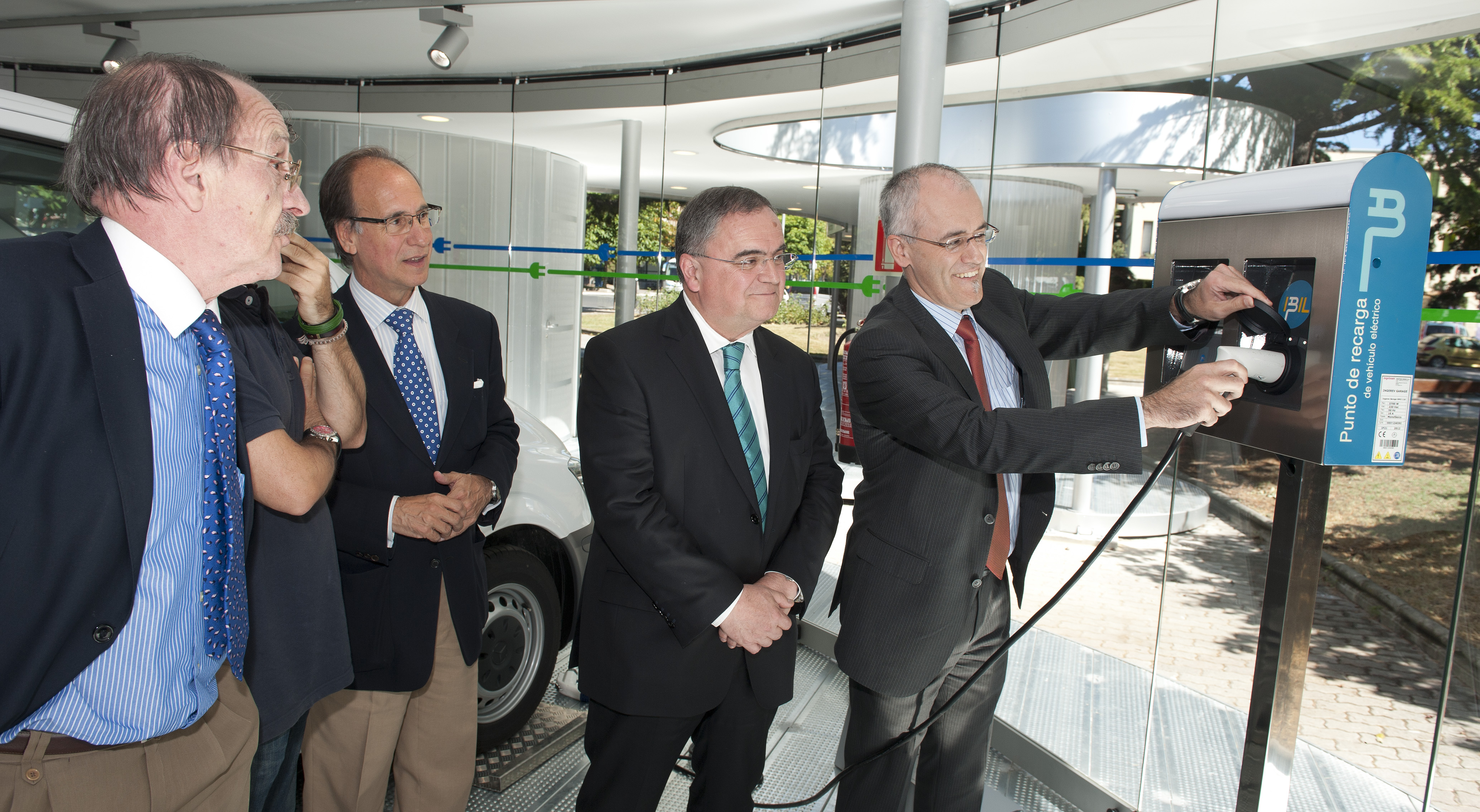The EVE opens in Vitoria-Gasteiz the first Electric Mobility Centre of Spain