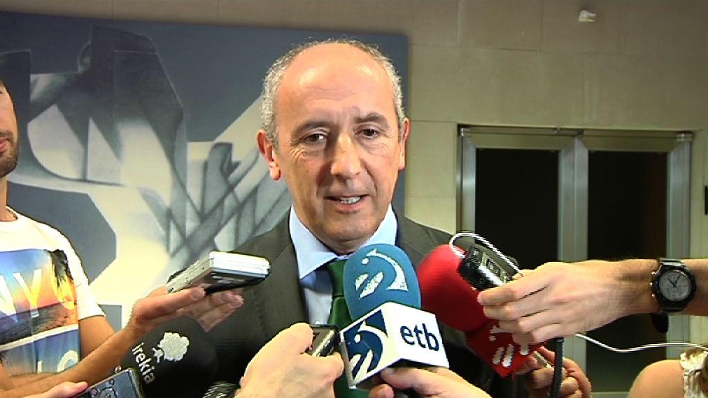 El Gobierno se compromete con el mantenimiento de todos los puestos de trabajo adscritos a los registros civiles vascos